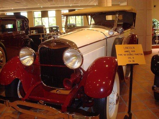 兰尼埃三世亲王私家古董车博物馆