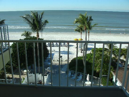 Sandpiper Gulf Resort: View from guest room