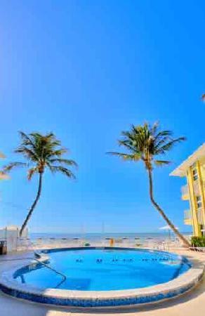 Sandpiper Gulf Resort : Pool