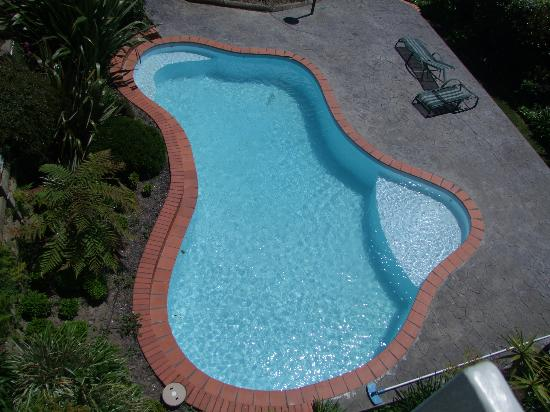 Picton Beachcomber Inn : The Pool