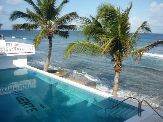 Bravo Beach Hotel: Ocean Side pool