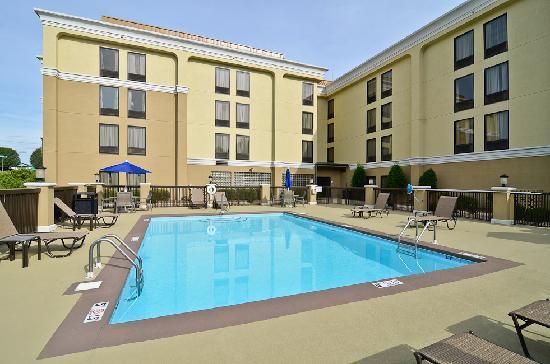 伯靈頓智選假日飯店照片