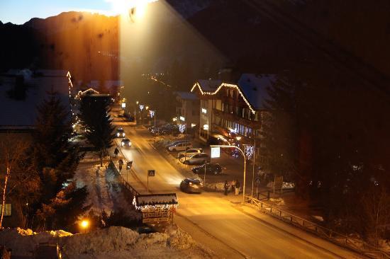 Hotel Alpi: Вид из окна нашего номера