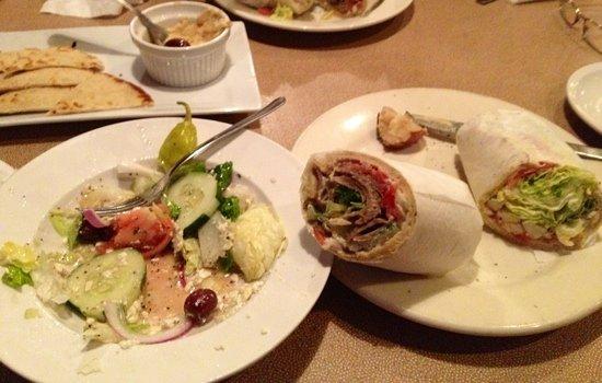 Messinas Mediterranean Cuisine: Hummus, Greek salad, gyro and chicken pita