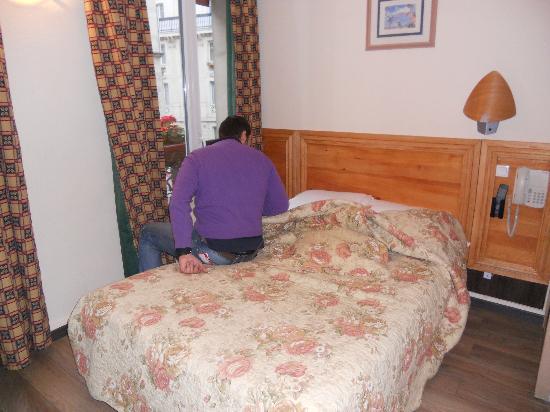 Fiat Hotel: questa e' tutta la stanza
