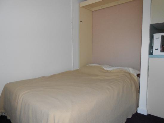 Courtyard Resort : Bed