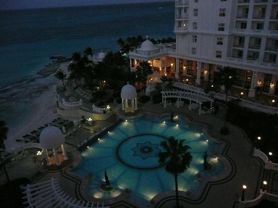 Balcony view at night picture of hotel riu palace las for Balcony at night
