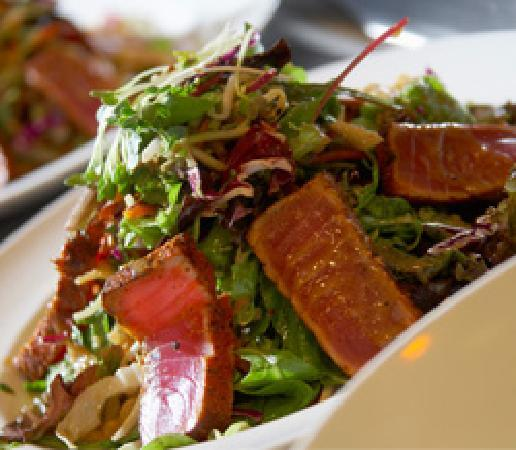 Yard House: Ahi Crunchy Salad