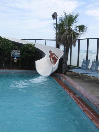 Sun Viking Lodge: The slide!