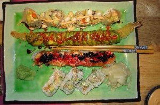 sushi king: Some of my favorite sushi rolls