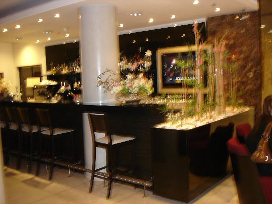 Park Inn by Radisson Meriton Conference & Spa Hotel Tallinn: Cafe