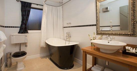Wanaka Cottages: Cottage-Bathroom