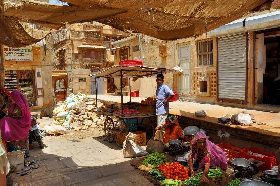 Gandhi Chowk Street: Ganhi Chowk