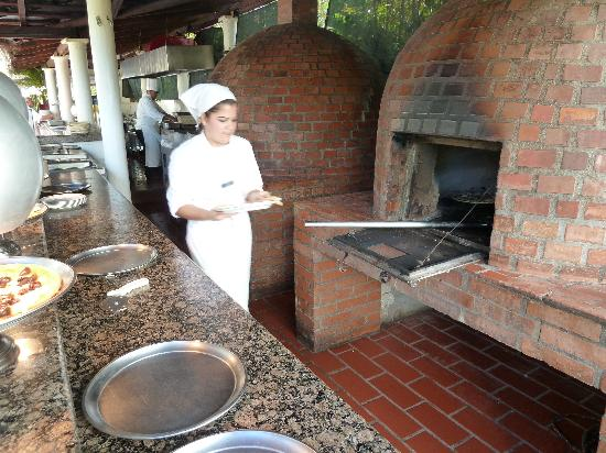 Marival Resort & Suites: Loved the wood-burning pizza ovens!