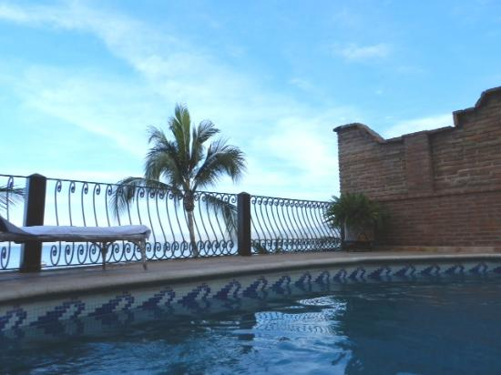Vallarta Shores: The pool!