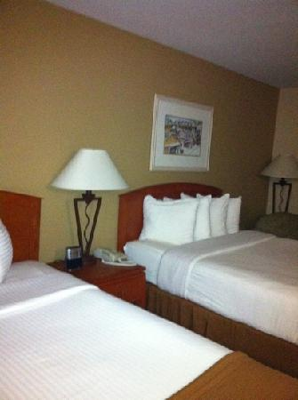BEST WESTERN PLUS Capitola By-the-Sea Inn & Suites: room