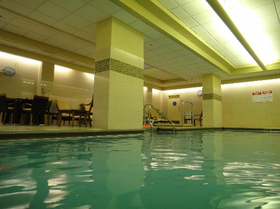 Pool picture of omni chicago hotel chicago tripadvisor for Nice hotels in chicago