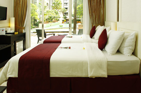 Bali Kuta Resort & Convention Center: Superior Room