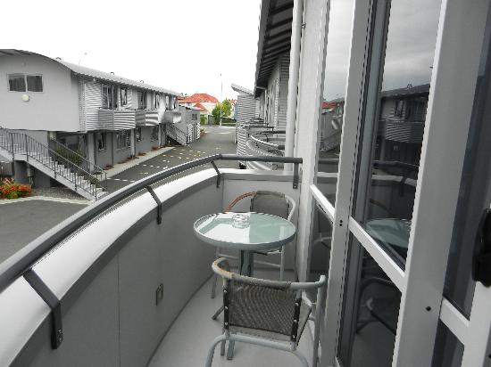 Atrium on Ulster: balcony