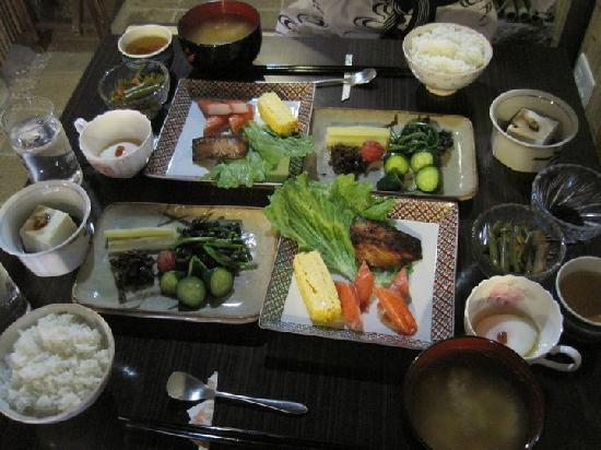 Mukashi-Chaya Issui : Breakfast served at the house in the morning