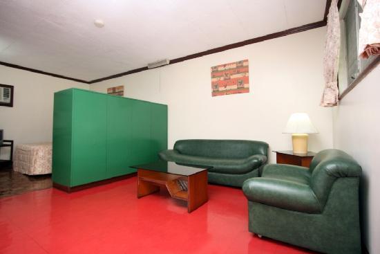 Broadway Court: Studio Living Room