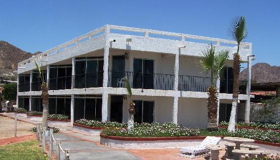 Playa Bonita Condo Suites: Outside