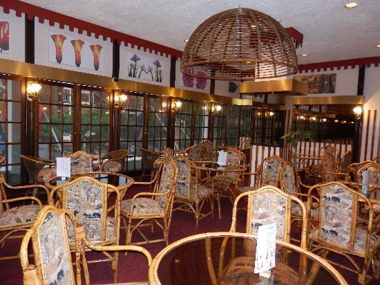 Arcadia Hotel: salon d'attente près du resto