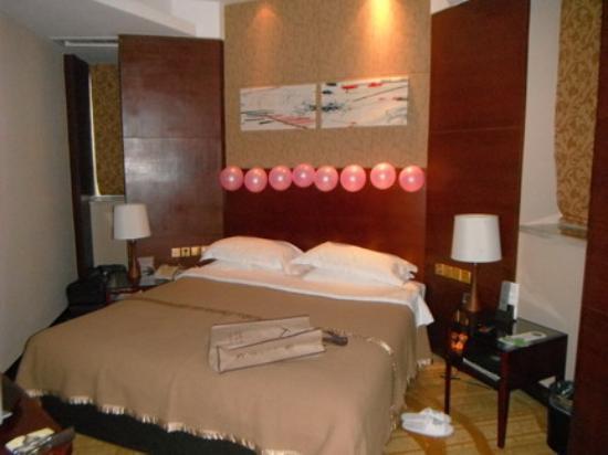 LeBanner Xinguang Hotel : Balloons galore