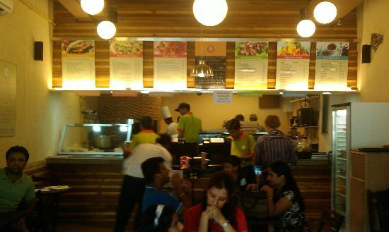 Flip Bistro : busy bee