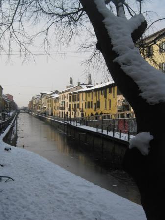 Hotel Maison Borella: Le Naviglio grande sous la neige