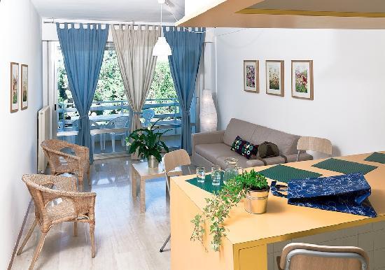 Soggiorno appartamento al mare - Picture of Marina Julia Camping ...