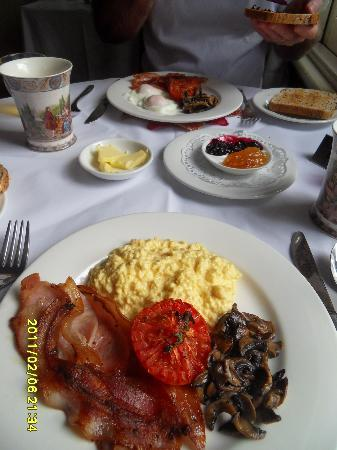 Rosewood Cottage Bar & Grill : Our breakfasts