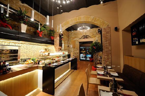 Sal Capone Sushi Club