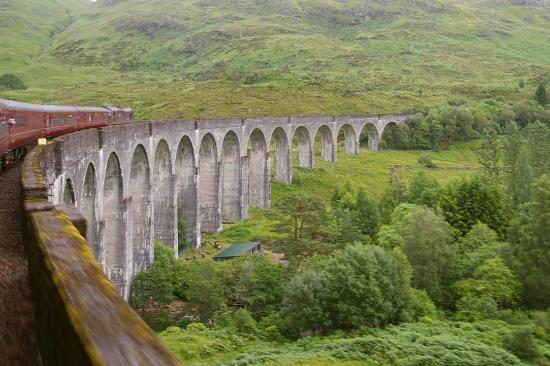 Jacobite Steam Train: Glenfinnan viaduct