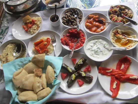 Presa di Goa Country House: turkish platter at the hotel