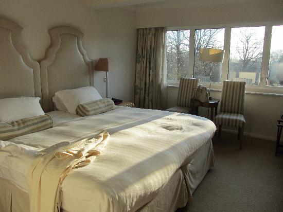 Grayshott Medical Spa: double standard room
