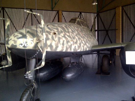 South African National Museum of Military History: The uniquely surviving Me 262