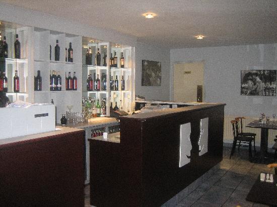 Bar - Picture of Il So...