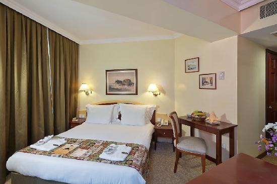 Aziyade Hotel: Room