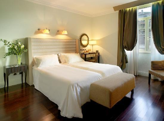 Hotel Bernini Bristol : Double Room modern style