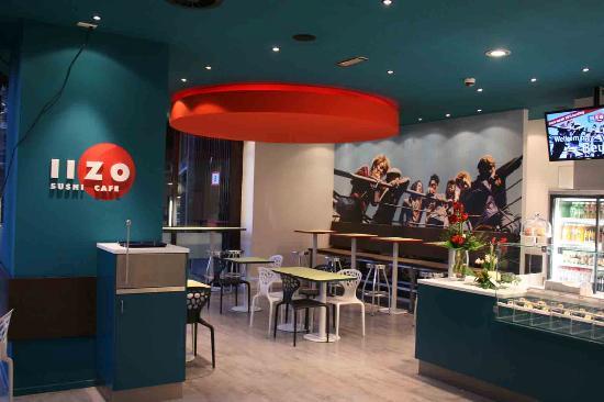 IIZO Sushi Café
