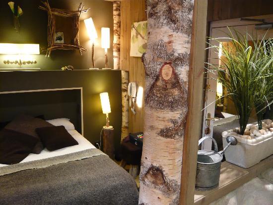 Hotel Brunel Le Rocher Blanc : Chambre Natura avec salle de bains ouverte