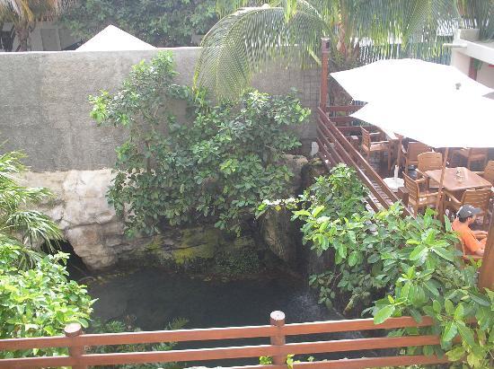 Hotel Posada Sian Ka'an: il cenote