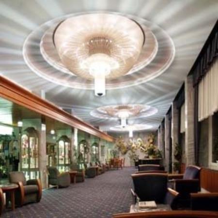 Danubius Health Spa Resort Heviz: Lobby