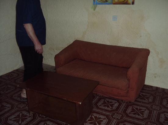 Bakau, Gambiya: sofa