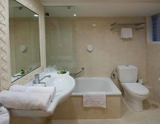 Armon Hayarkon: Guest Room