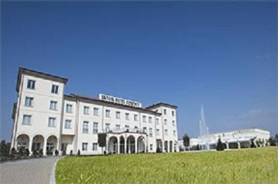 Savoia Hotel Regency: Front
