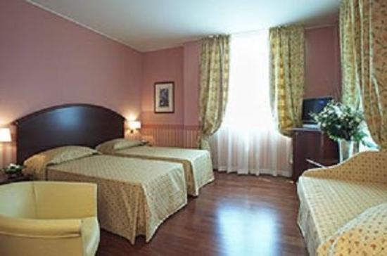 Savoia Hotel Regency: Guest Room