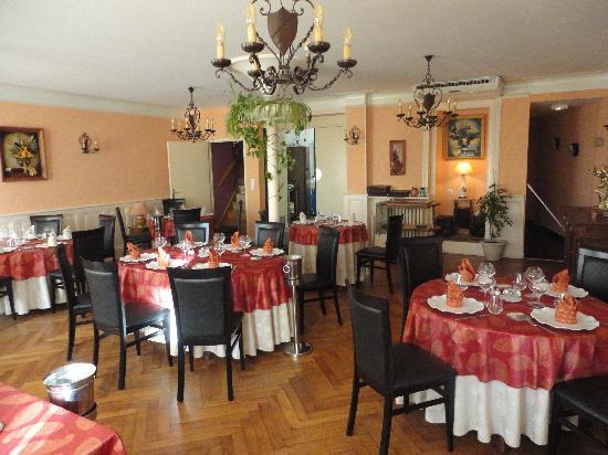 Hotel Restaurant Les Negociants Pontgibaud