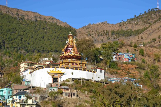 Rewalsar, India: the Padmasambhaba statue